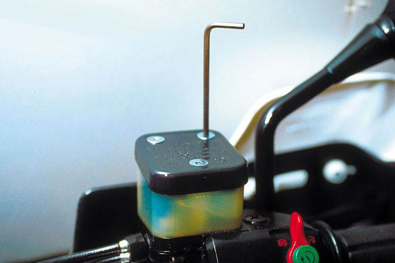 Bremsbehälter-Schraubensatz