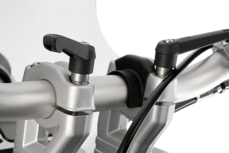 Quick release clamp bolts without handlebar-riser