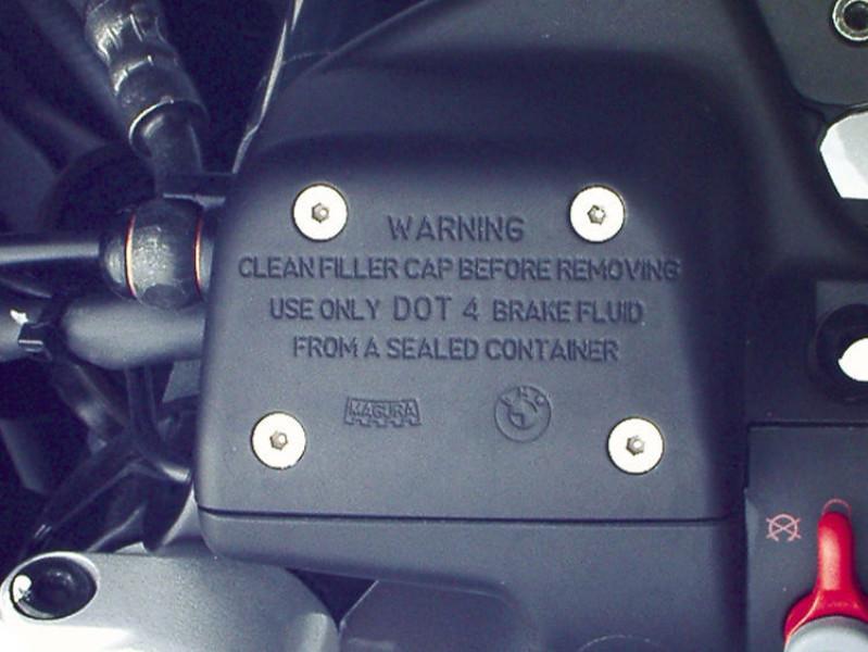 Brake fluid reservoir bolt set